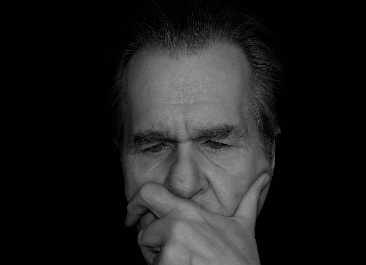 Как себя вести, если вашему близкому человеку поставили диагноз «болезнь Паркинсона»?